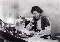 240px-Marie_Stopes_in_her_laboratory,_1904